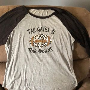 Cato Tailgates and Touchdowns quarter length top